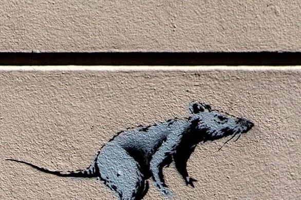 """Ο Banksy """"ξαναχτύπησε"""" με θέμα τον κορωνοϊό στο μετρό του Λονδίνου!"""