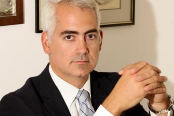 """Χρίστος Χ. Λιάπης: """"Οι μιναρέδες και η ύβρις του Σουλτάνου"""""""