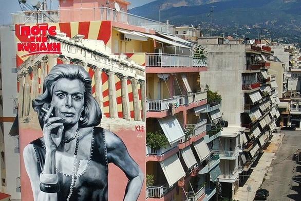 """Η Μελίνα """"ξαναγεννήθηκε"""" στην Πάτρα και """"ταξιδεύει"""" ήδη σε όλη την Ελλάδα (video)"""