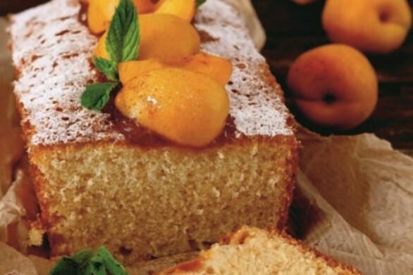 Κέικ γιαουρτιού με βερίκοκα