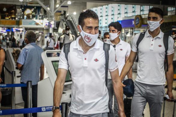 Αναχώρησε η αποστολή του Ολυμπιακού για την Αγγλία
