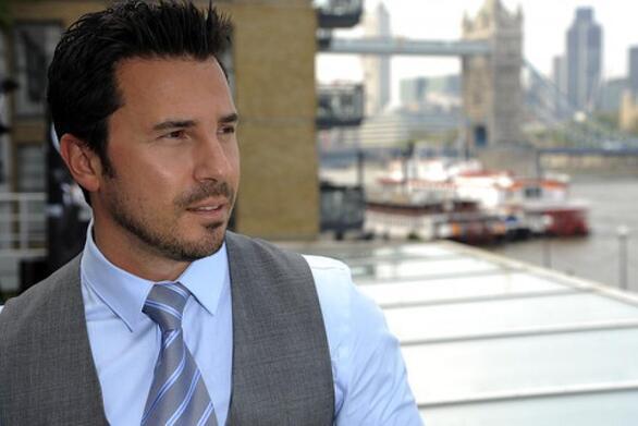 "O ""εξομολογητής"" του Bachelor εξηγεί όσα θα δούμε στο νέο ριάλιτι του Alpha (video)"