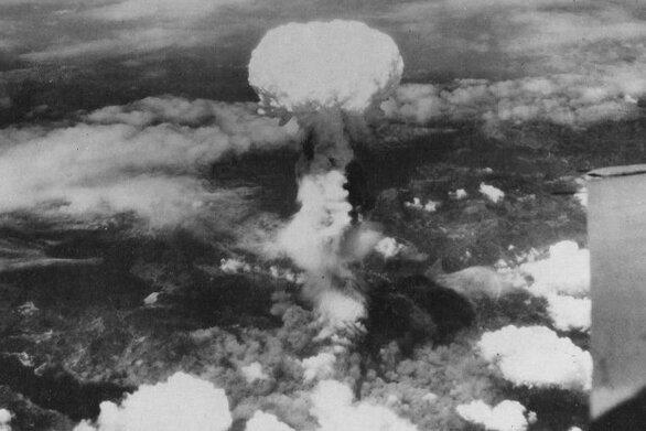 Σαν σήμερα 9 Αυγούστου η δεύτερη ατομική βόμβα των Αμερικανών πέφτει στο Ναγκασάκι