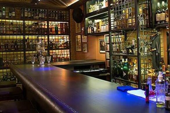 Χανιά: Πρόστιμο 10.000 ευρώ σε μπαρ
