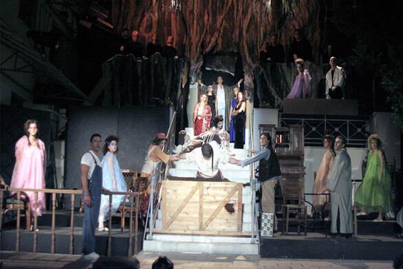 Πάτρα - Το Ρεφενέ παρουσιάζει τη θεατρική παράσταση «Το Γιοματάρι»