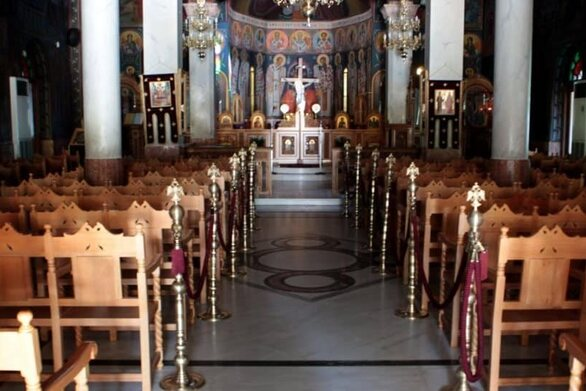 Κορωνοϊός: Παρατείνονται οι περιορισμοί στις εκκλησίες - Τα μέτρα που ισχύουν