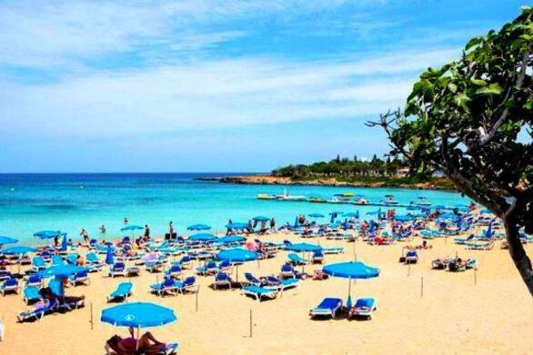 Κύπρος - Έκτακτο σχέδιο ενίσχυσης του εγχώριου τουρισμού