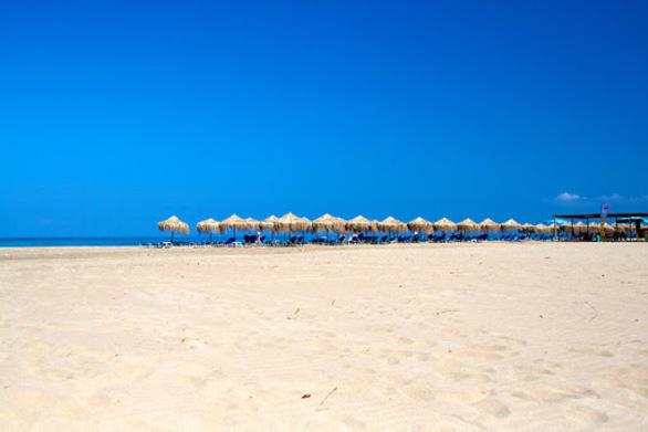 Κλείνουν ξενοδοχεία στην Δυτική Αχαΐα - Καλοκαιρινή σεζόν με σκάρτο 1,5 μήνα