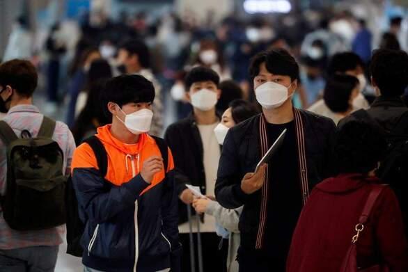 Covid-19: Τριψήφιος αριθμός κρουσμάτων και πάλι στη Νότια Κορέα