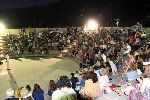 Πάτρα - Μια συναυλία με λαϊκά τραγούδια στο θέατρο Κρήνης