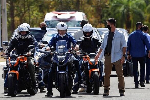 Πώς μια πορεία μοτοσικλετιστών στις ΗΠΑ φέρεται να ευθύνεται για 260.000 κρούσματα κορωνοϊού