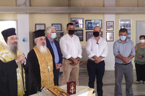 Στο Γυμνάσιο - Λύκειο Κάτω Αχαΐας για τον αγιασμό ο Δήμαρχος Δυτικής Αχαΐας, Σπύρος Μυλωνάς