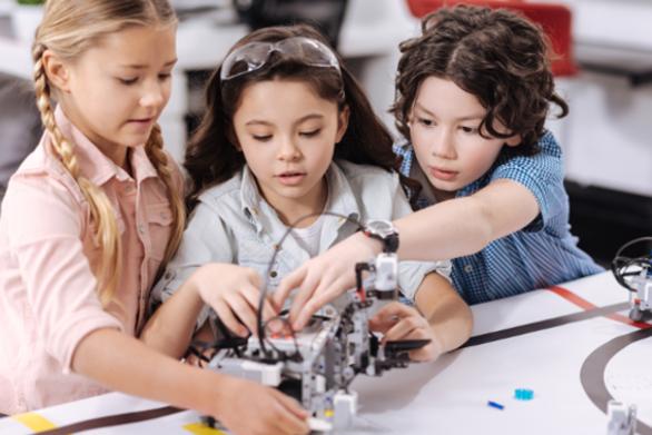 Το sdpatras, μας βάζει στον κόσμο της ρομποτικής - Τα οφέλη για τα παιδιά