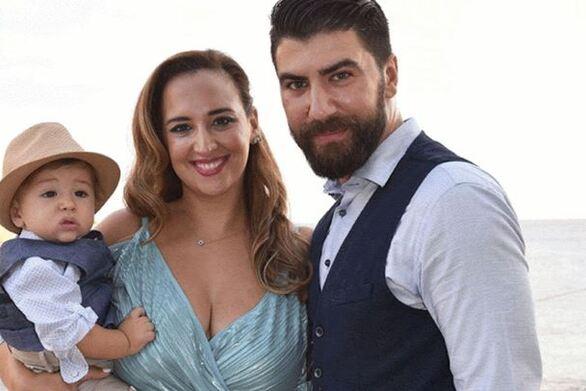 H Κλέλια Πανταζή και ο Λευτέρης Τσάκαλος βάπτισαν το γιο τους!