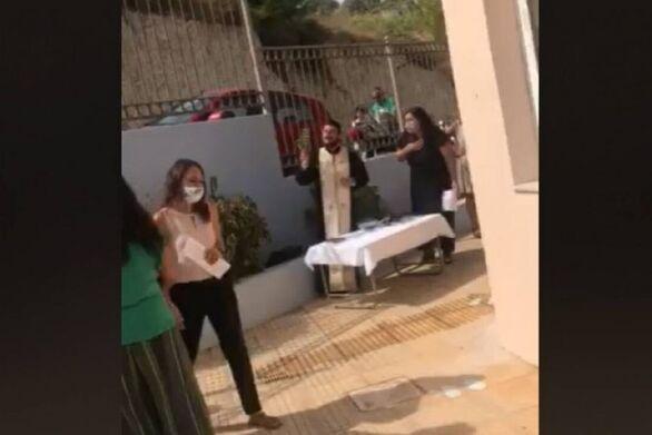 Κρήτη: Συνελήφθη ο ιερέας που έκανε κήρυγμα κατά της μάσκας στα σχολεία (video)