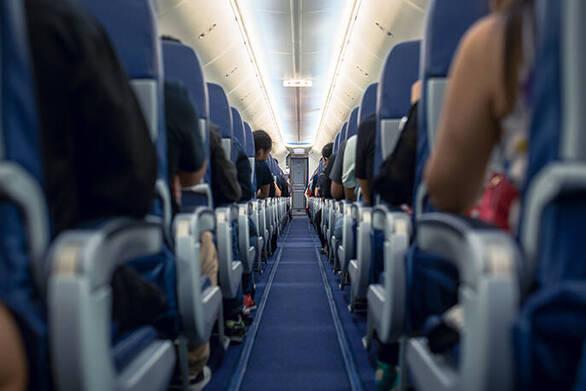 Εναλλακτική λύση στην 14ήμερη καραντίνα - Η πρόταση για τεστ στους ταξιδιώτες