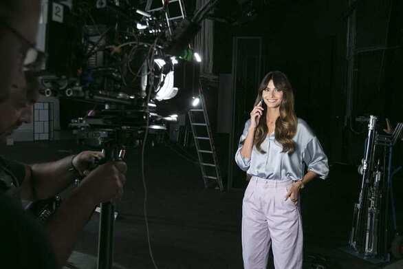 Ηλιάνα Παπαγεωργίου - Ποιος κριτής του GNTM ήταν backstage στην πρεμιέρα της (video)