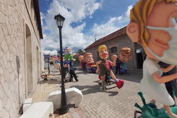 """Τα Παλαιά Σφαγεία της Πάτρας, παίρνουν """"χρώμα"""" Καρναβαλιού (φωτο)"""
