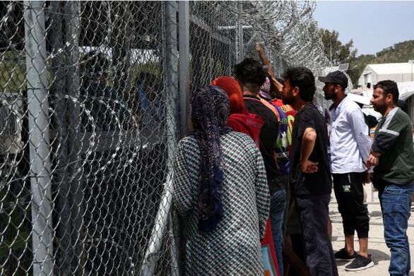 Μηταράκης: Στόχος η μηδενική παραμονή των προσφύγων στα νησιά