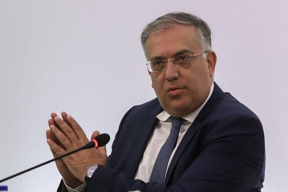 Θεοδωρικάκος: 42 εκατ. ευρώ στους δήμους για αθλητισμό, λιμενικά έργα και αδέσποτα