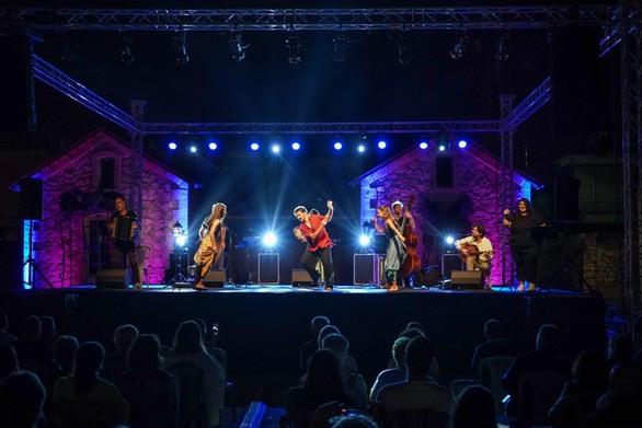 Πάτρα - Ιδανικό φινάλε για το Καλοκαιρινό Φεστιβάλ Καρναβαλιού στα Παλαιά Σφαγεία (φωτο)