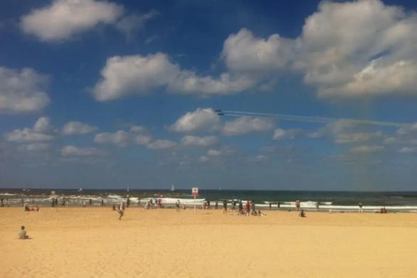 """Ισραήλ: Έκαναν σεξ στην παραλία κι """"έφαγαν"""" τέσσερα πρόστιμα"""
