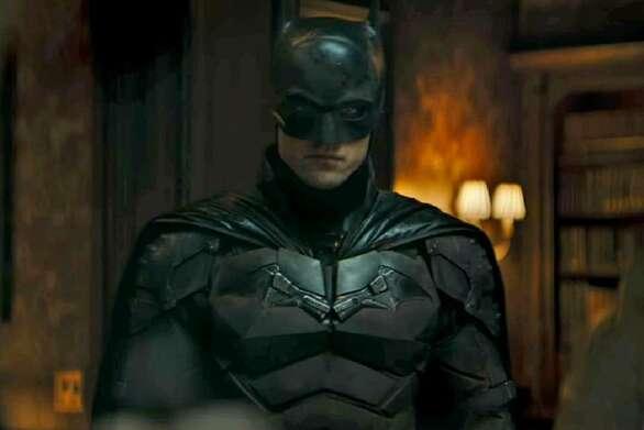 Ο Πάτινσον επέστρεψε στα γυρίσματα της ταινίας Batman