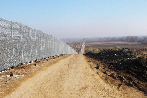 Ξεκίνησε η κατασκευή του νέου φράχτη στον Έβρο