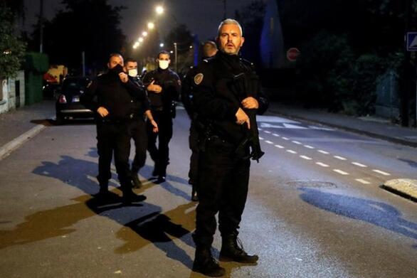 Γαλλία: Προφυλακίστηκαν 4 άτομα από το περιβάλλον του δράστη που αποκεφάλισε τον καθηγητή