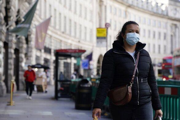 Βρετανία - Κορωνοϊός: Το Κέιμπριτζ προβλέπει στη χώρα 690 θανάτους την ημέρα μέχρι τον Νοέμβριο