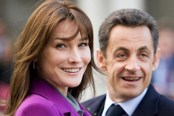 Η Carla Bruni αποκαλύπτει το μυστικό επιτυχίας του γάμου της