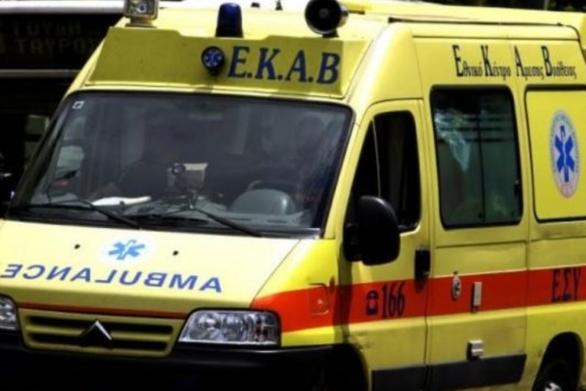 Αλεξανδρούπολη: ΙΧ «καρφώθηκε» σε σταθμευμένο λεωφορείο