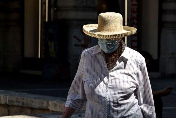 Μάσκα παντού: Τι ισχύει για αυτοκίνητα, πιλοτές και αυλές σπιτιών