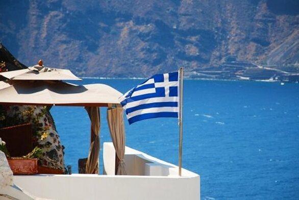 Insete: Στα «τάρταρα» οι τουριστικές αφίξεις και εισπράξεις