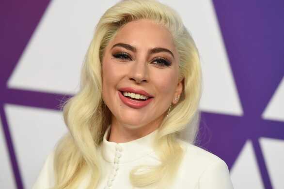 Η Lady Gaga καλεί την Αμερική να ψηφίσει όσο το δυνατόν νωρίτερα στις προεδρικές εκλογές