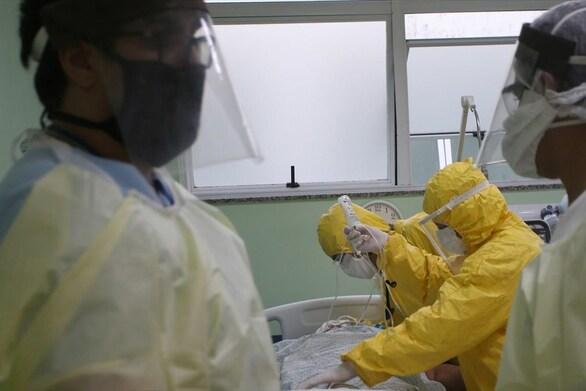 Βραζιλία - 26.979 κρούσματα κορωνοϊού και 432 θάνατοι σε 24 ώρες