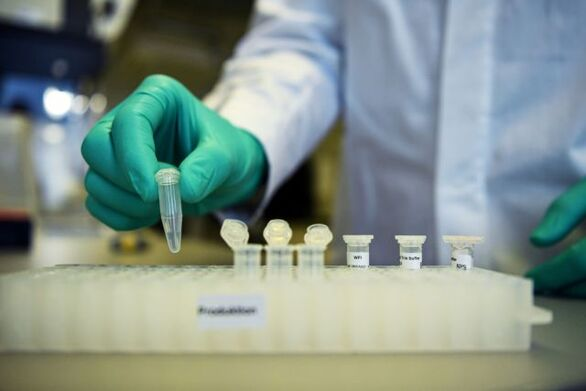 Ιρλανδία - Κορωνοϊός: Μέχρι το πρώτο εξάμηνο του 2021 οι εμβολιασμοί