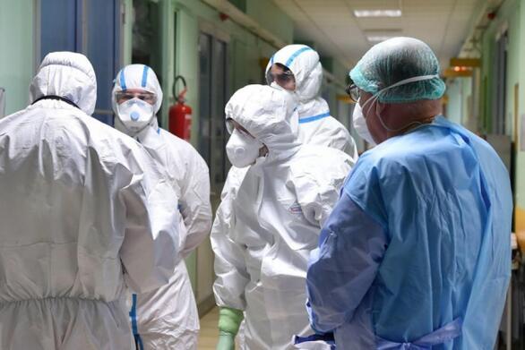 Κορωνοϊός: Πέντε νεκροί σε λίγες ώρες