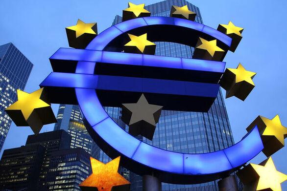 Ύφεση 7,8% φέτος και ανάπτυξη 5,3% το 2021 προβλέπουν οι οικονομικοί αναλυτές για την Ευρωζώνη
