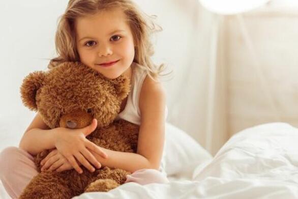Γιατί το παιδί δεν θέλει να αποχωριστεί το αρκουδάκι του;