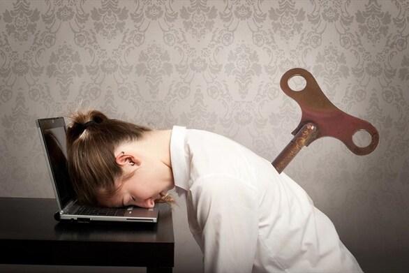 Πώς μπορείτε να καταπολεμήσετε την κούραση κατά τη διάρκεια της ημέρας