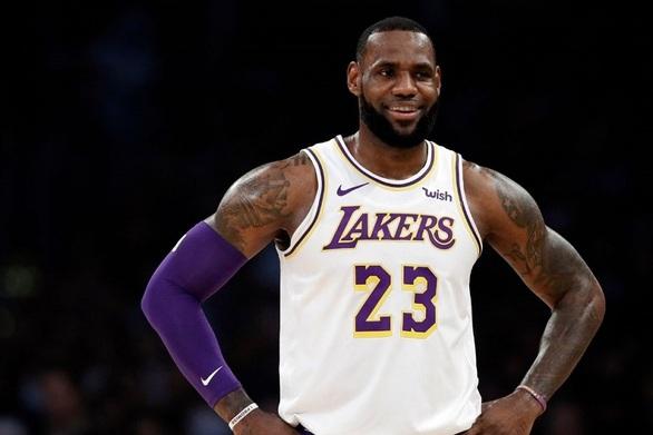 Λεμπρόν: Αντίθετος με την έναρξη του NBA τον Δεκέμβριο