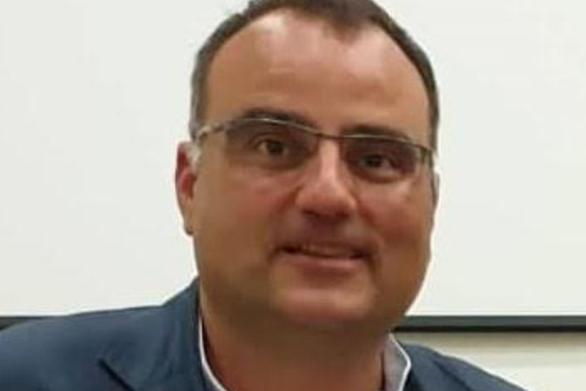 """Ηλίας Κωνσταντάτος: """"Δύο μέτρα και δύο σταθμά"""""""