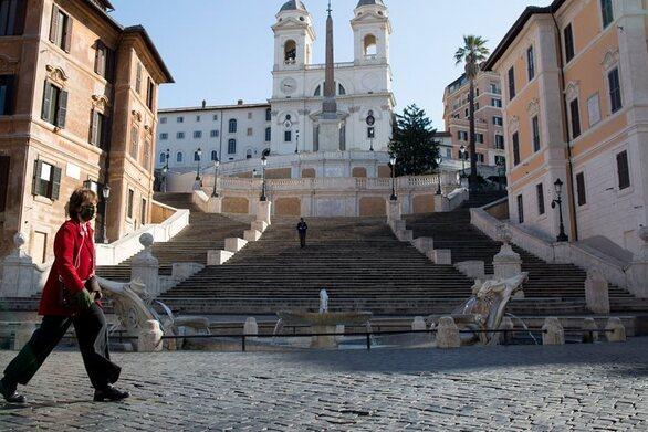 Ο κορωνοϊός «καλπάζει» και η Ευρώπη προσπαθεί να τον ανακόψει