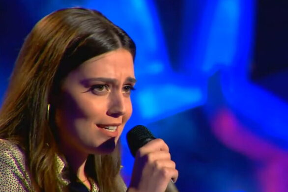 The Voice: Η Πατρινή Γεωργία Μανή έκανε τον Ρουβά να ξεσπάσει σε χειροκροτήματα αλλά διάλεξε την Ζουγανέλη (video)