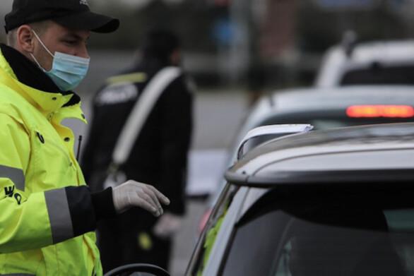 Πάτρα: Μπλόκα από την αστυνομία για τα μέτρα προστασίας κατά της covid