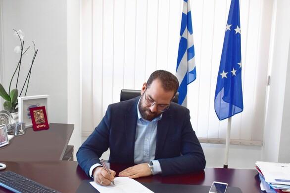 Παρέμβαση του Περιφερειάρχη Νεκτάριου Φαρμάκη στον υπουργό Αγροτικής Ανάπτυξης για τους παραγωγούς ελιάς Καλαμών