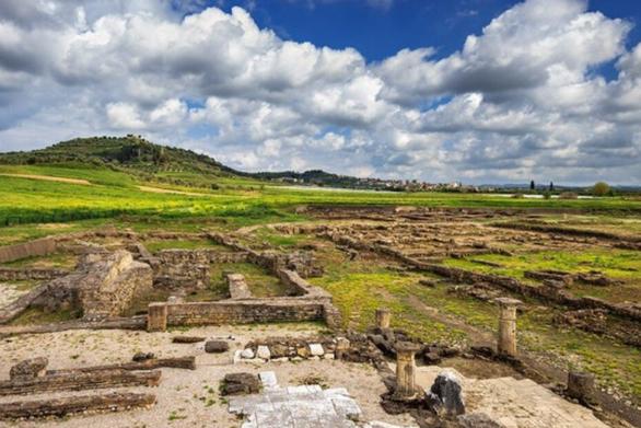 """Ηλεία: """"Πτήση"""" πάνω από την Αρχαία Ήλιδα, μια από τις σπουδαιότερες πόλεις στην μυκηναϊκή εποχή (video)"""