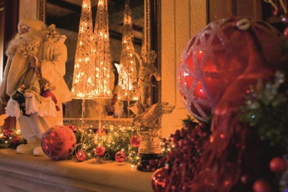 Κορωνοϊός - Χριστουγεννιάτικο ρεβεγιόν: Χωρίς οικογένεια και πάρτι οι φετινές γιορτές