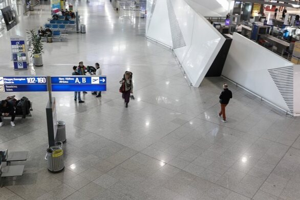 Mειωμένα σχεδόν κατά 60% τα ταξίδια σε ολόκληρη την Ευρώπη το 2020